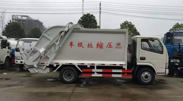 压缩垃圾车